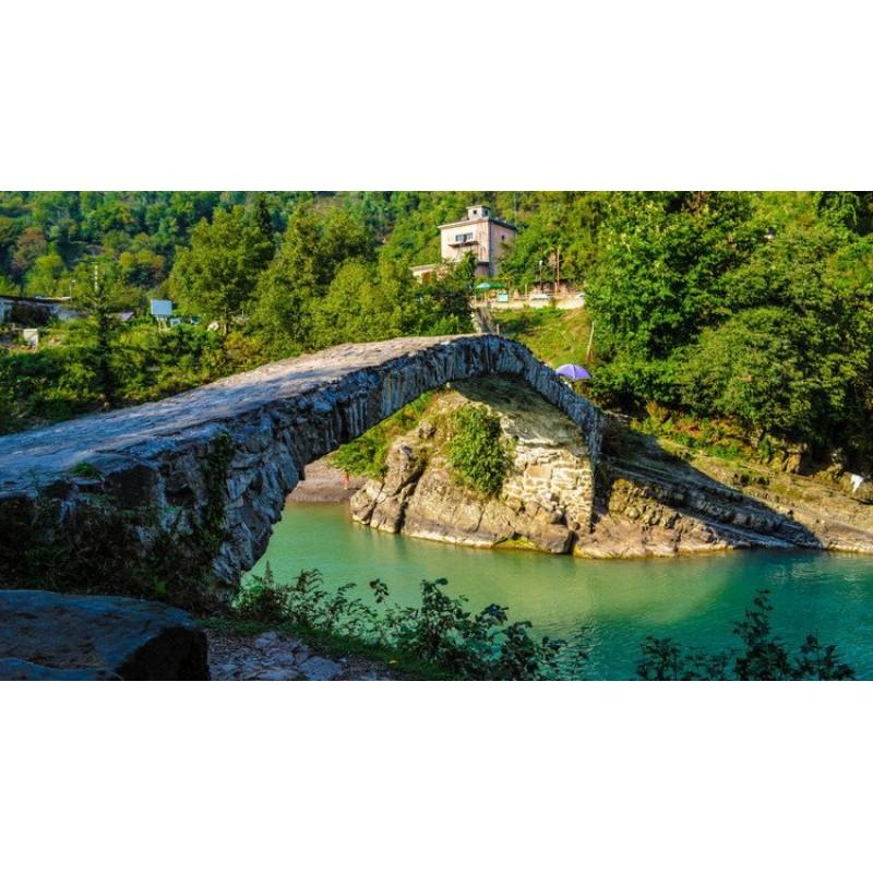 Экскурсия Крепость Гонио, водопад Махунцети, мост Царицы Тамары - фото 4 - 001.by