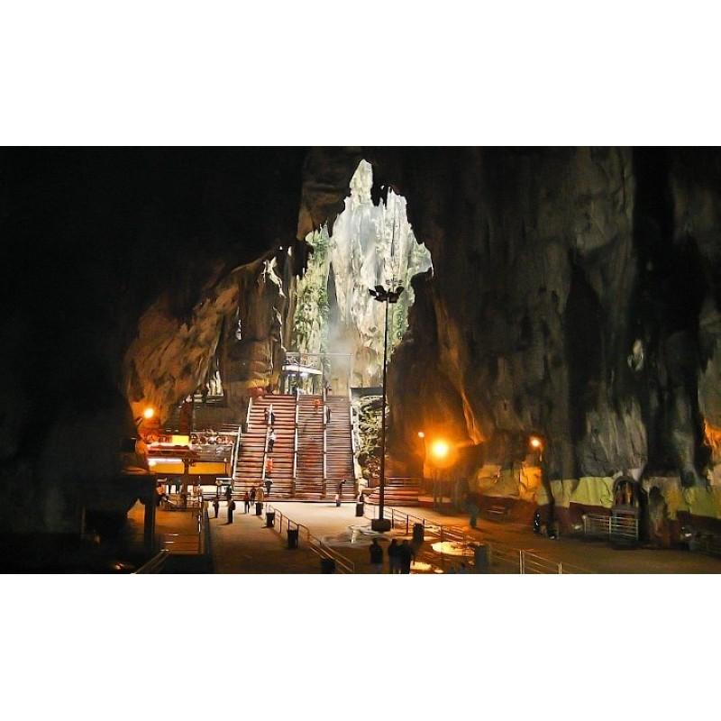 Пещеры Бату, индуистский храм и обезьяны - фото 2 - 001.by