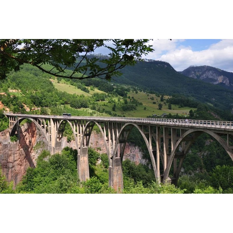 ТОП 10 мест, которые обязательно стоит посмотреть в Черногории - фото 7 - 001.by